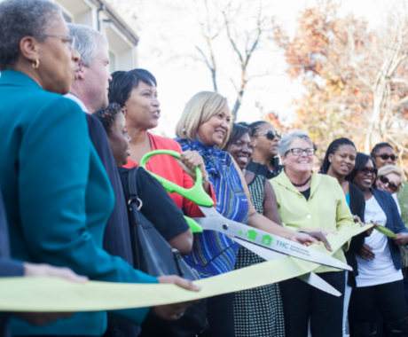 Photo of Mayor Muriel Bowser at ribbon cutting ceremony for Weinberg Commons
